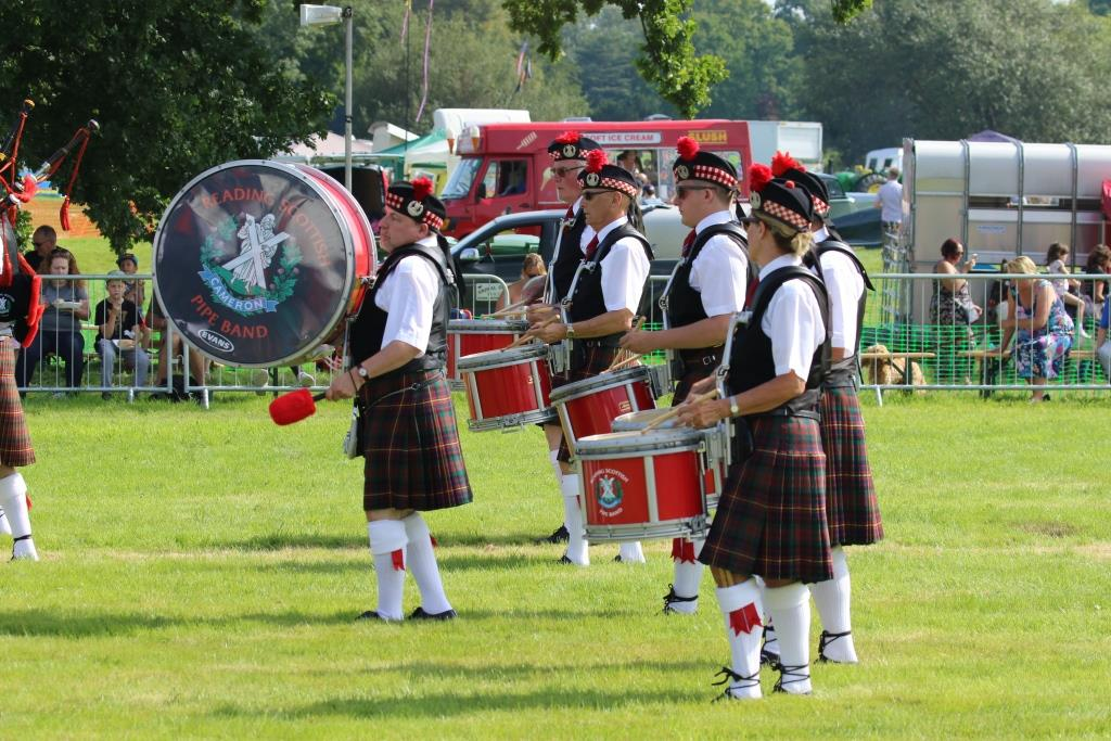 http://www.swallowfieldshow.co.uk/reading-scottish-pipe-band/